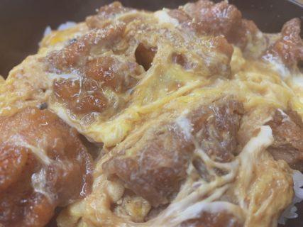 まんぷく食堂「からあげ丼!」日本でここだけの味に虜になること間違いなし!
